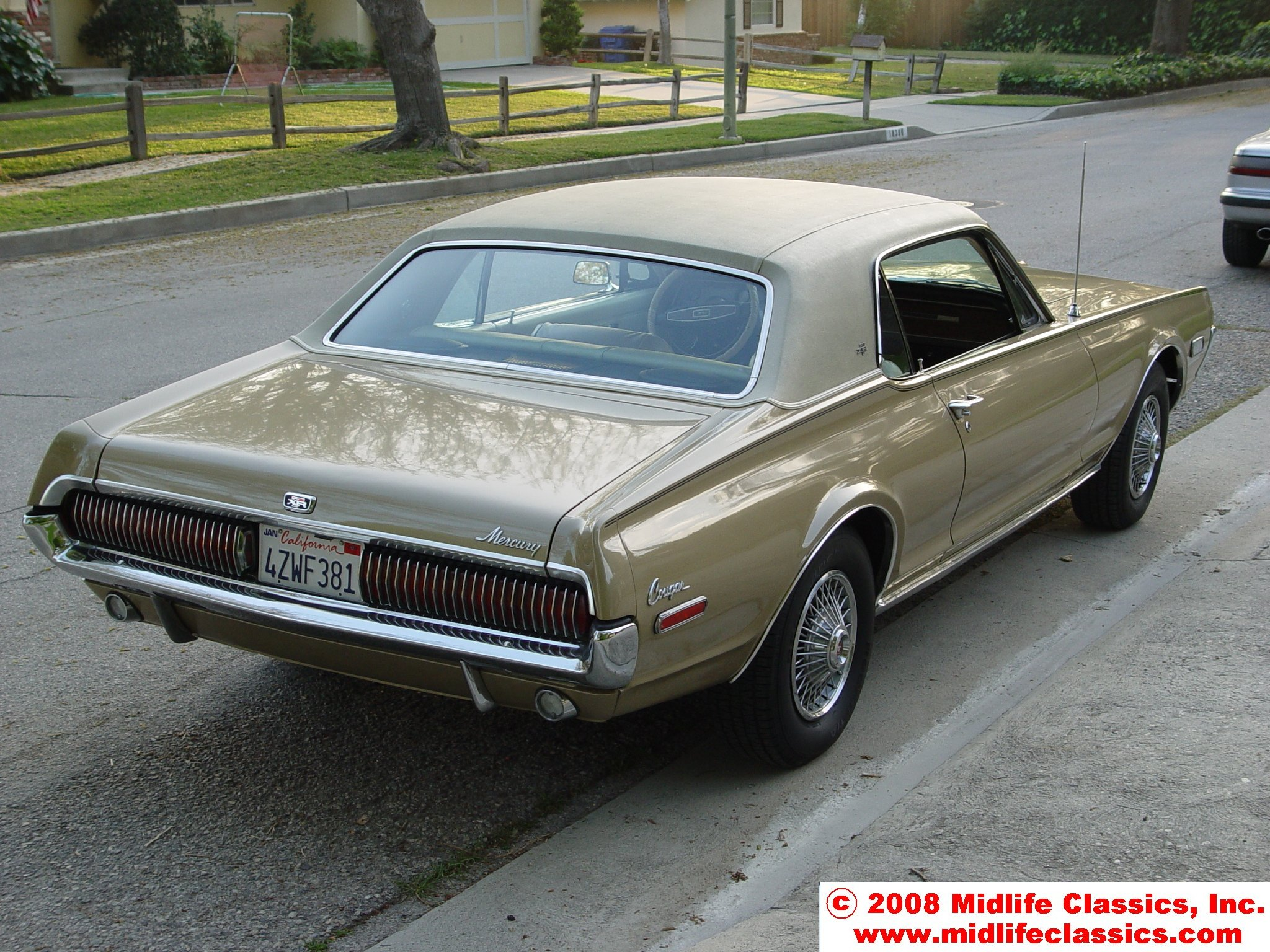 1968 Mercury Cougar XR-7